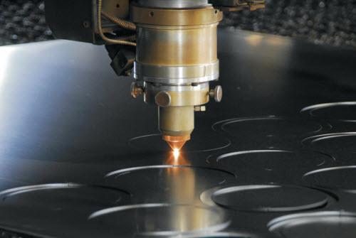 Độ chính xác khi sử dụng công nghệ cắt laser vào sản xuất